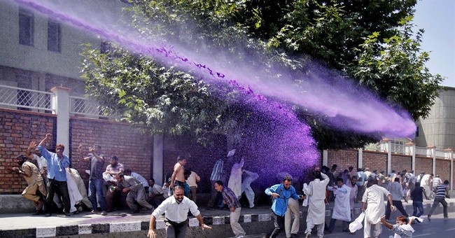Image of Asia: Deterring protesters in Kashmir