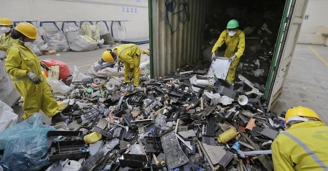 Dead floppy drive: Kenya recycles global e-waste