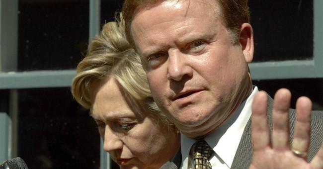 Clinton shadow in Iowa no threat to some Democrats
