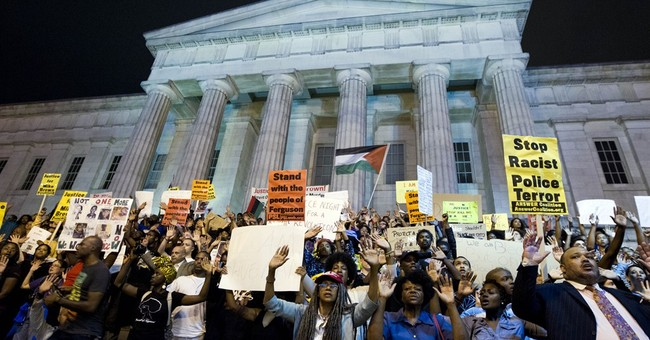 White House aides to attend Michael Brown funeral