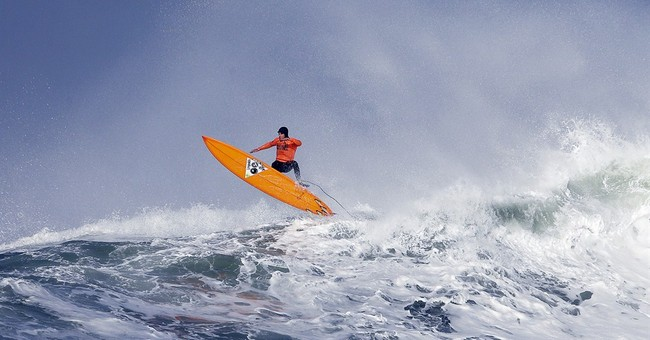 AP PHOTOS: Grant Baker wins Mavericks surf comp
