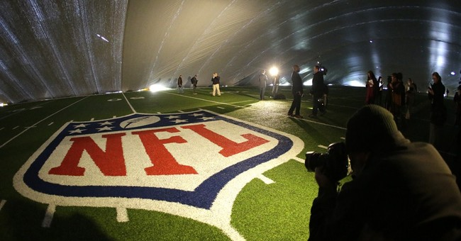 Lawsuit focuses on tab for Super Bowl venue's turf