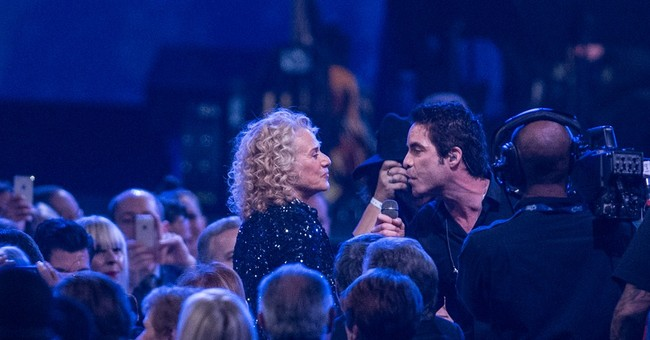 Stars turn out to salute songwriter Carole King