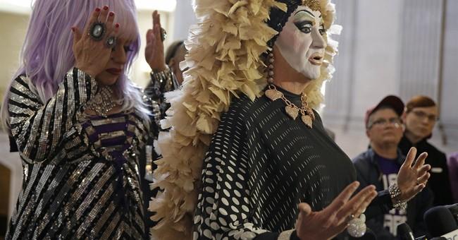 Drag queens dress down Facebook over names