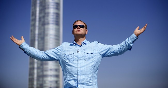 Wallenda: Spectacle, legacy inspire Chicago walk
