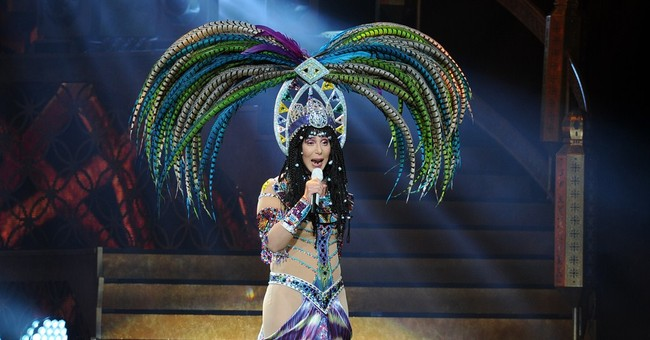 Backup dancers sue Cher for alleged discrimination