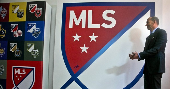 MLS says Chivas USA might not play in 2015