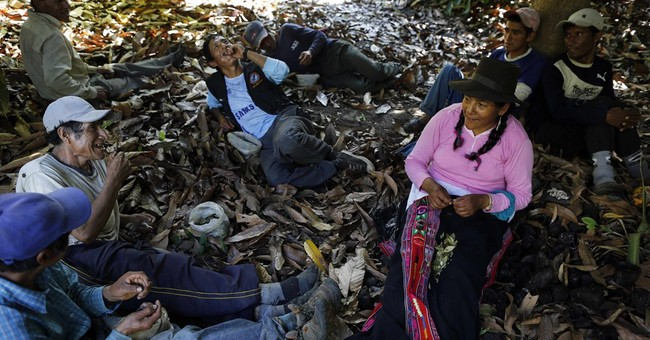 AP PHOTOS: Survivor of Peru massacre guides team