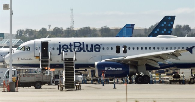 Passenger says JetBlue plane filled with smoke
