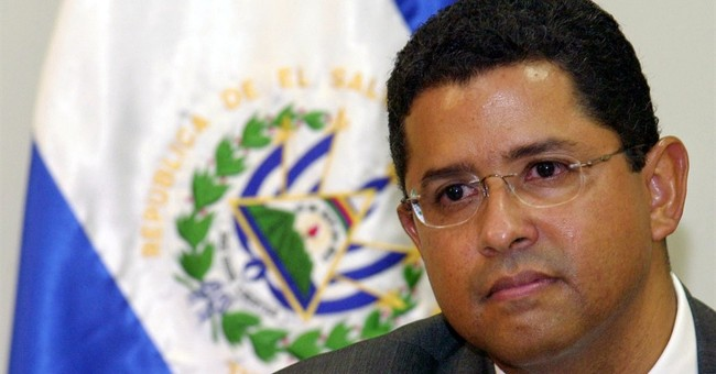 Ex-Salvador leader sent to prison to await trial