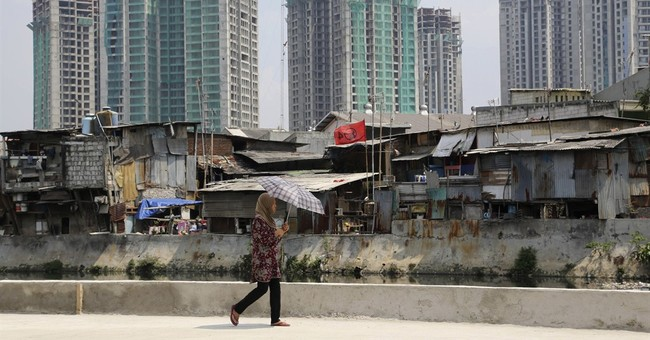 Affluence eludes poor crowding into Asian cities