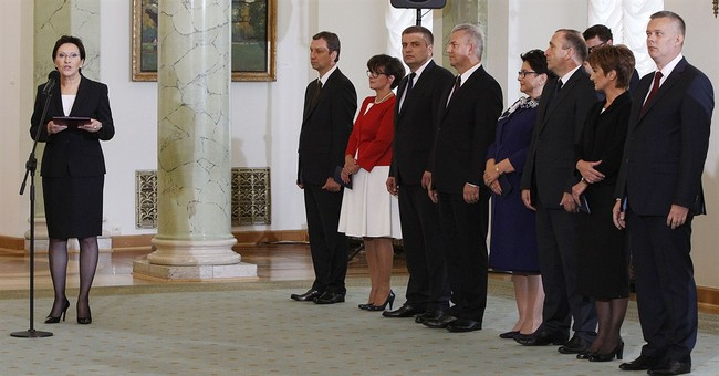 New Polish govt loses some foreign policy heft