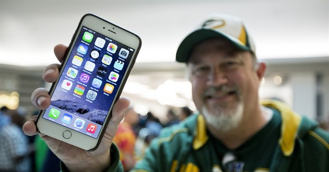 Big new iPhone brings Apple more profit