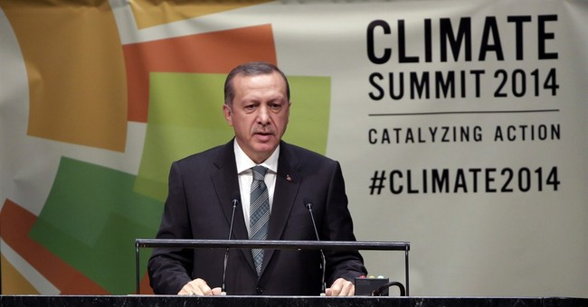 Turkey considers military role against ISIL