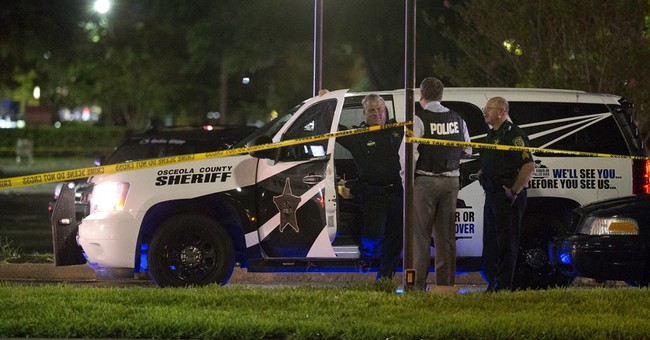 2 wounded in central Florida mall shooting