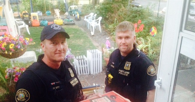 Police deliver pie after Pizza Hut driver hurt
