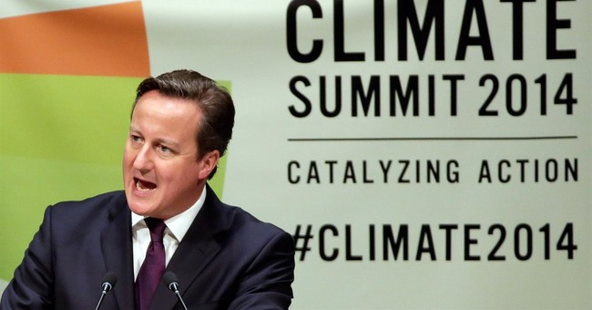 Cameron: Queen 'purred' after Scottish vote