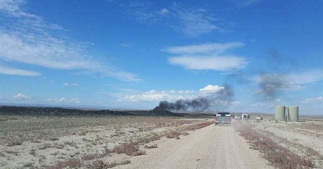 Worker hurt in Wyoming natural gas tank blast dies