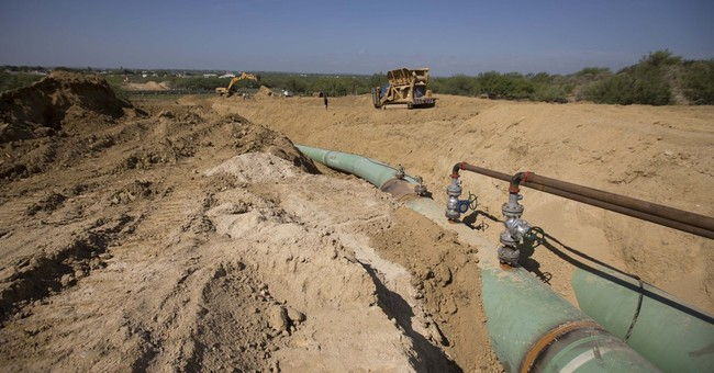 Mexican cartels steal billions from oil industry