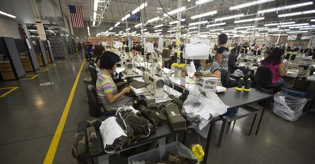 US durable goods fell 18.2 percent in August