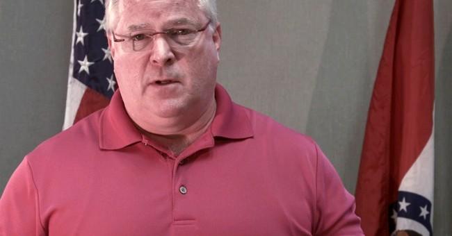 Ferguson chief apologizes in video to Brown family