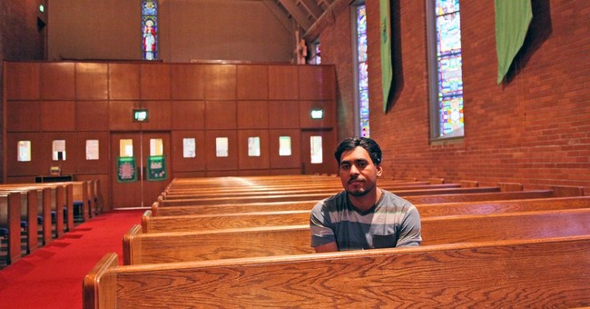 Immigrant who hid in Oregon church gains support