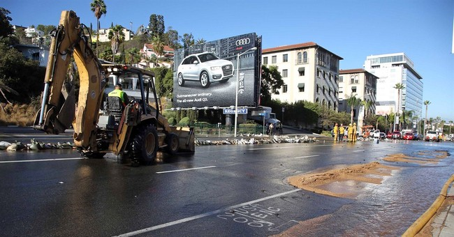Water-main break floods Hollywood's Sunset Strip