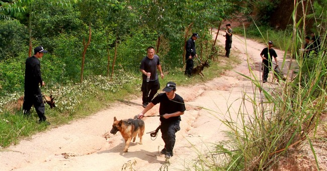 Man fatally stabs 4 children in southern China