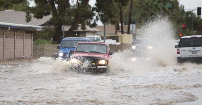 Storms drench parts of Arizona, Nevada