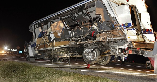 Texas college grieves after 4 killed in bus crash