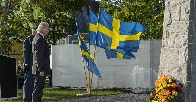 Estonia, Sweden honor 1994 ferry disaster victims