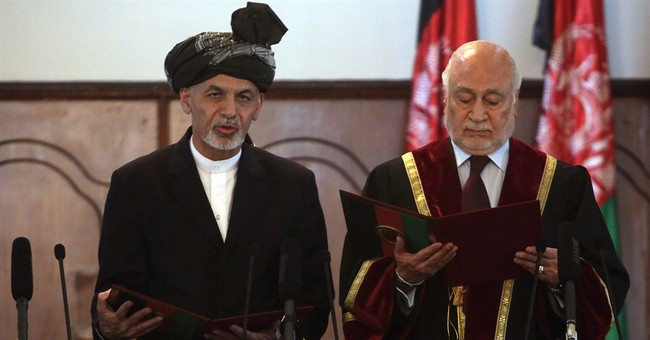 Afghanistan swears in Ghani Ahmadzai as president
