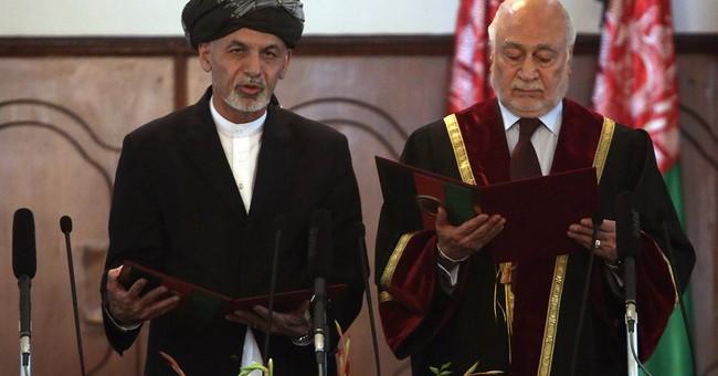 Afghanistan swears in Ghani Ahmadzai as president