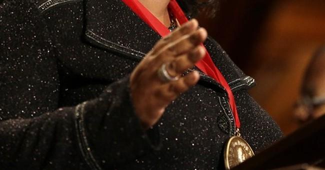 Oprah Winfrey, Harry Belafonte honored by Harvard