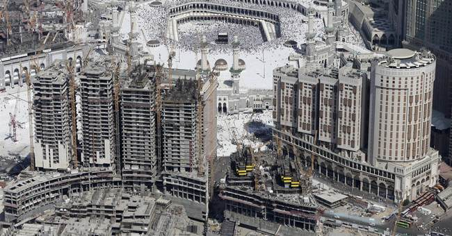 Saudi overhaul reshapes Islam's holiest city Mecca