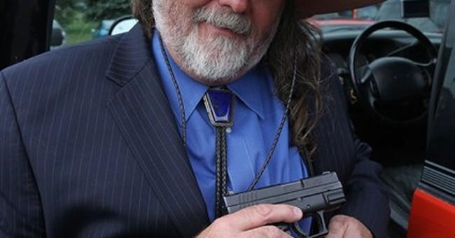 Colorado man wants to bring gun into post office