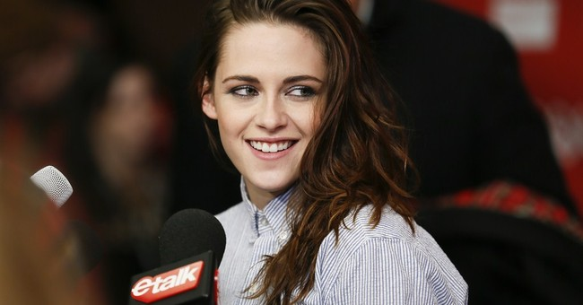 'Twilight' to be revived in Facebook short films