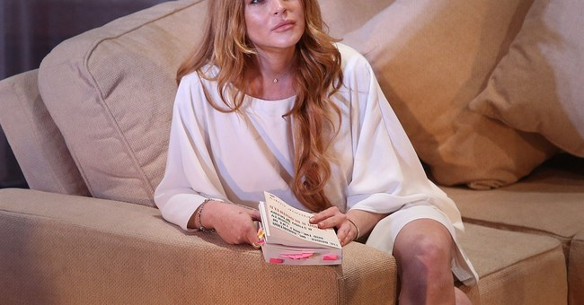 Lukewarm welcome for Lindsay Lohan stage debut