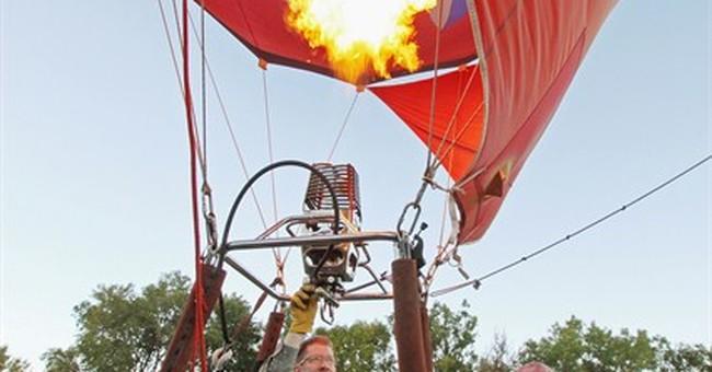 New Mexico balloon fiesta hits sky