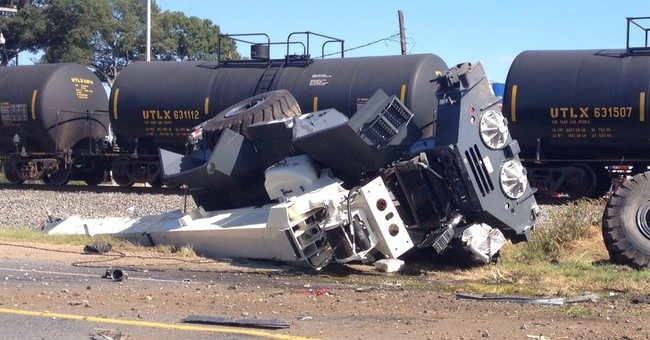 Cleanup underway at derailment site in NE La.