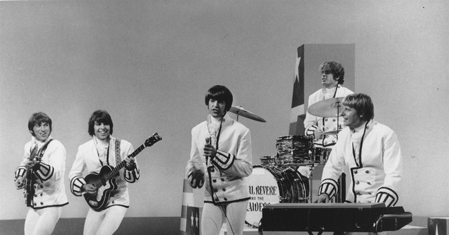Paul Revere of Raiders rock band dies at 76