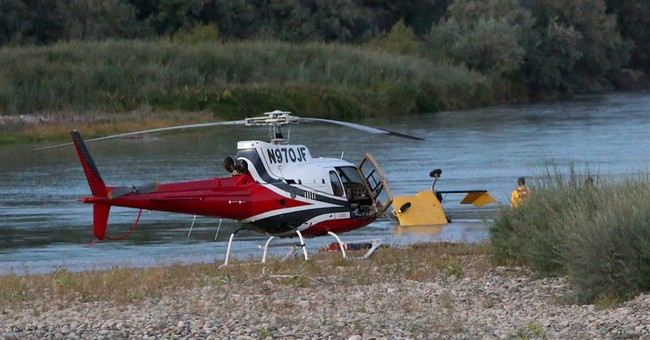 2 killed as helicopter crashes into Colorado River