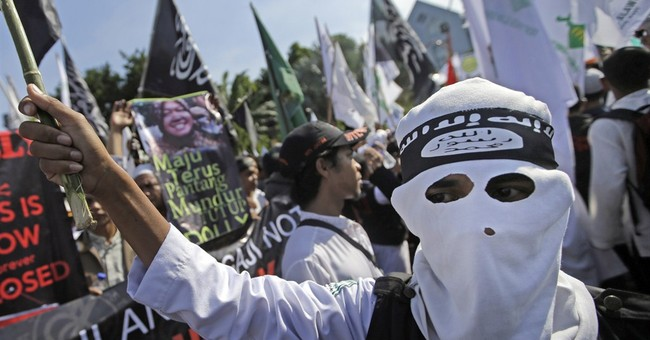 Indonesia struggles with Islamic State recruiting