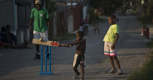 Cricketers fight for foothold in baseball-mad Cuba