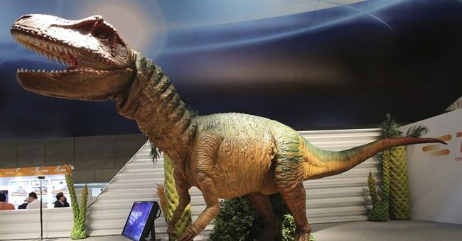 Funky robots display Japan's latest technologies