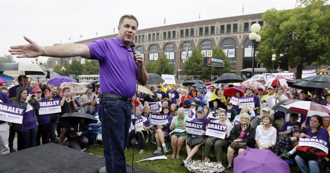 Braley tries to curb opponent's appeal to women