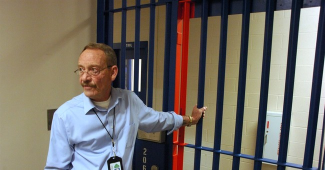 Long-empty jail taking in American Indian inmates