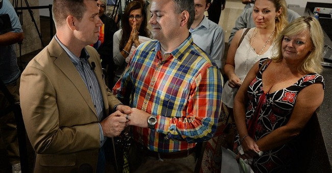 Judge strikes down NC gay marriage ban