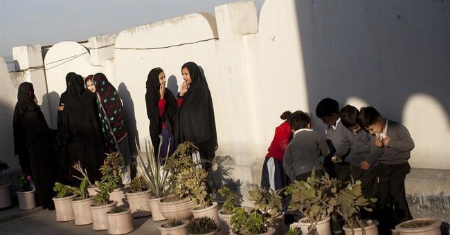 AP PHOTOS: Pakistani girls struggle to be educated