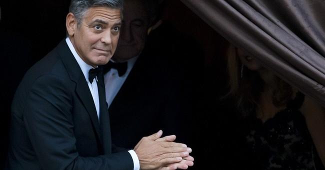 Clooney makes surprise Comic Con appearance